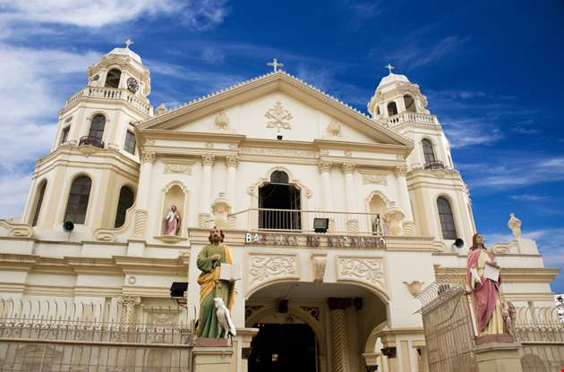 quiapo-church-in-manila-Quiapo Church In Manila