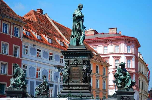 graz-old-town-Graz Old Town