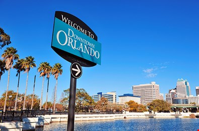 orlando-downtown-welcome-sign-with-tropical-scene-Orlando Downtown Welcome Sign With Tropical Scene