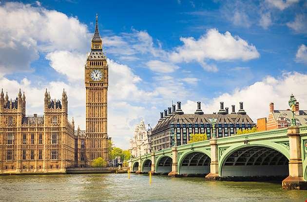 big-ben-and-houses-parliament-london-Big Ben And Houses Parliament London