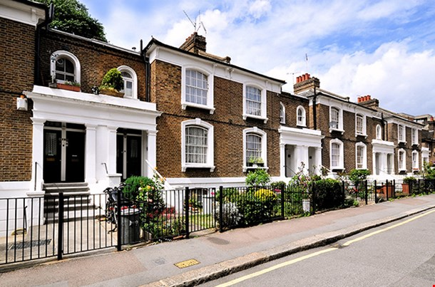 London Street Of Typic Al Small 19th Century Victorian Terraced Houses