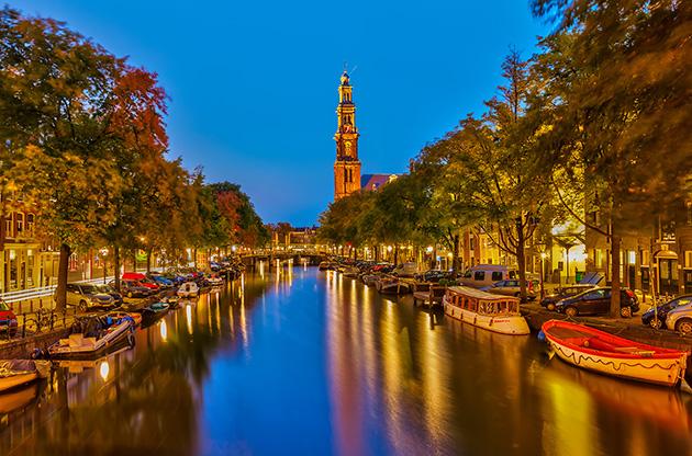 amsterdam-canal-at-night-Amsterdam Canal At Night