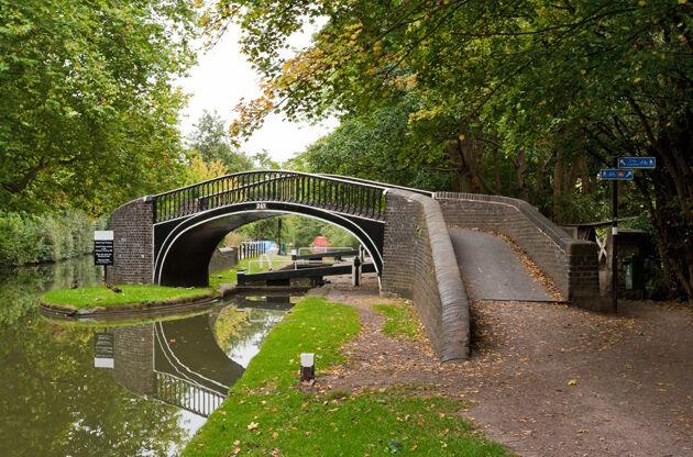 Bridge Above Oxford Canal-Bridge Above Oxford Canal