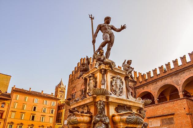 Piazza Del Nettuno Fountain In Bologna In Emilia Romagna In Italy-Piazza Del Nettuno Fountain In Bologna In Emilia Romagna In Italy
