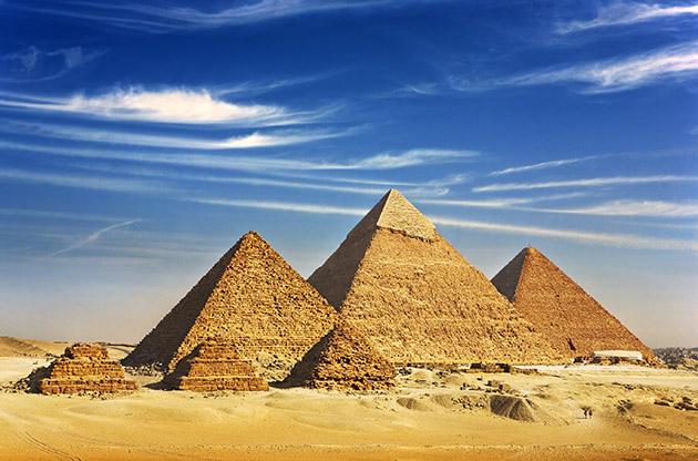 Pyramid Of Menkaure Khafre And Chufu-Pyramid Of Menkaure Khafre And Chufu