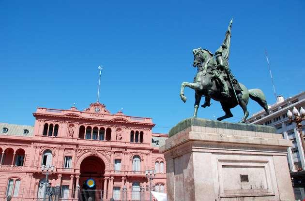 general-belgrano-monument-casa-rosada-General Belgrano Monument Casa Rosada