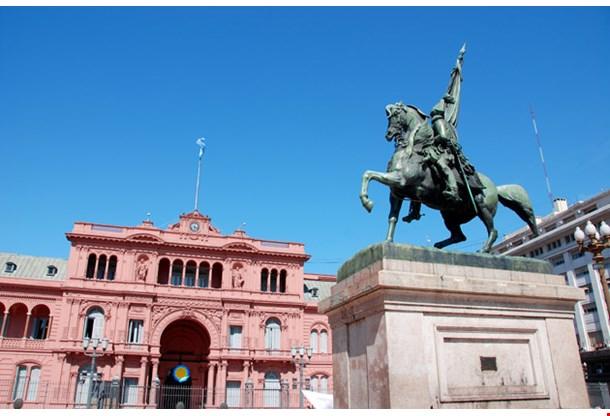 General Belgrano Monument Casa Rosada