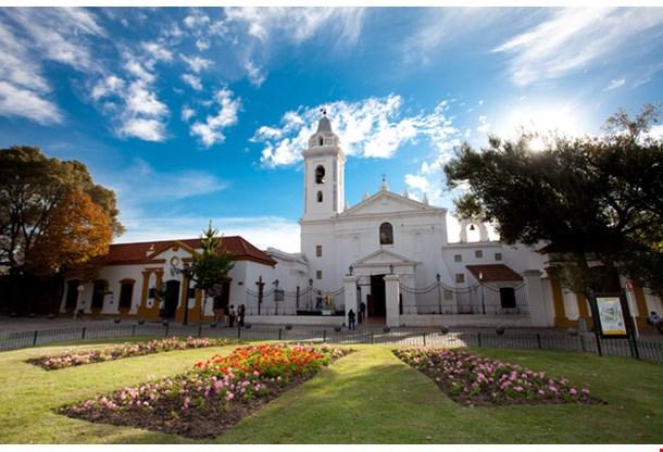 Iglesia Pilar Church