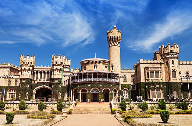 Garden And Bangalore King Palace Karnataka India-Garden And Bangalore King Palace Karnataka India