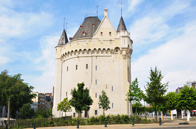 medieval-gates-Medieval Gates