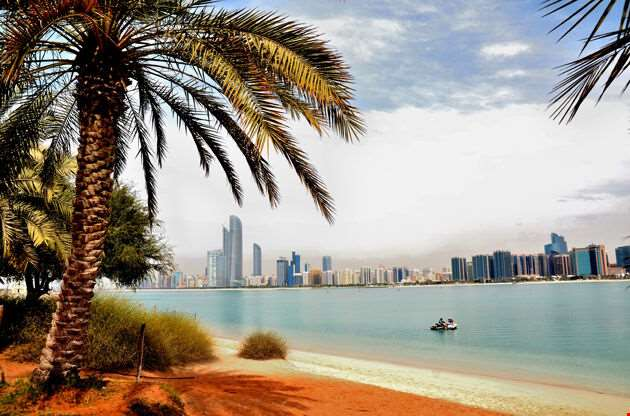 Skyscrapers In Abu Dhabi United Arab Emirates-Skyscrapers In Abu Dhabi United Arab Emirates