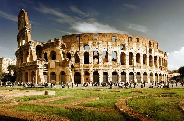colosseum-in-rome-Colosseum in Rome