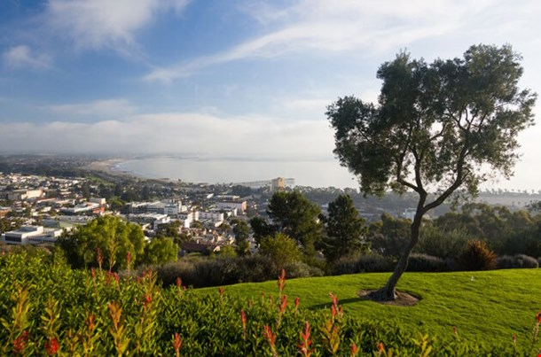 Overview Panorama Of Ventura California From Grant Park