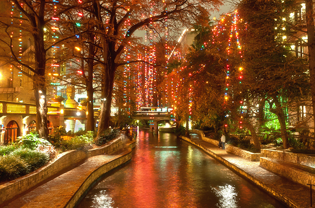 Christmas Lights At Riverwalk In San Antonio Texas-Christmas Lights At Riverwalk In San Antonio Texas