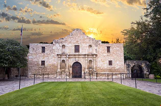 Exterior View Of The Historic Alamo Shortly After Sunrise-Exterior View Of The Historic Alamo Shortly After Sunrise