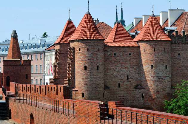 barbican-fortified-medieval-outpost-in-warsaw-Barbican Fortified Medieval Outpost In Warsaw