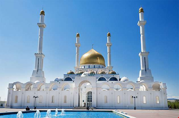 Nur Astana Mosque In Astana-Nur Astana Mosque In Astana