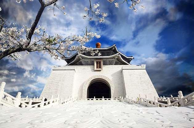 chiang-kai-shek-memorial-hall-in-taiwan-Chiang Kai Shek Memorial Hall In Taiwan