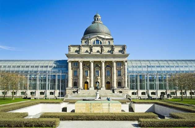 bayerische-staatskanzlei-bavaria-Bayerische Staatskanzlei Bavaria