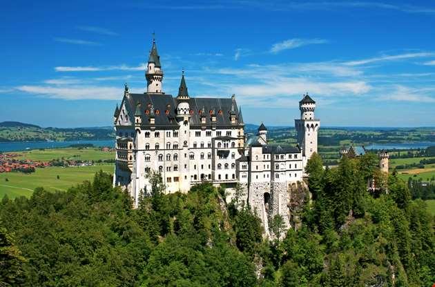 neuschwanstein-castle-bavaria-Neuschwanstein Castle Bavaria