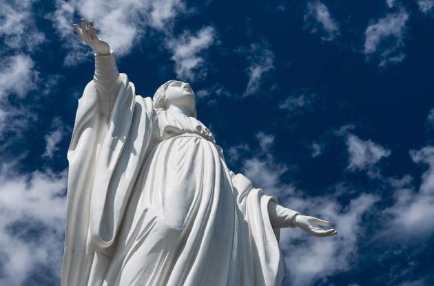 statue-of-virgin-mary-cerro-san-cristobal-Statue of Virgin Mary Cerro San Cristobal