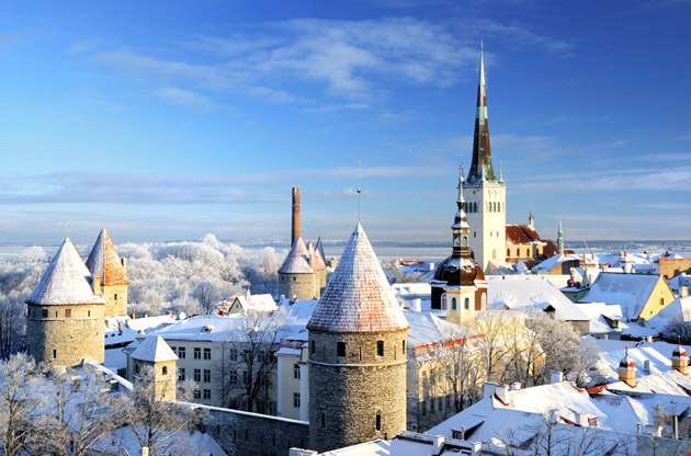 tallinn-city-panoramic-winter-landscape-Tallinn City Panoramic Winter Landscape