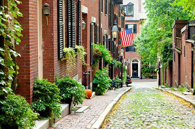 cobblestone-street-in-boston-Cobblestone Street In Boston