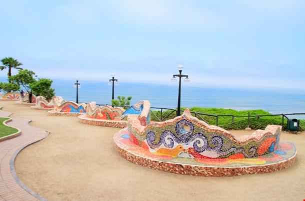 El Parque Del Amor (Love Park) In Miraflores Lima