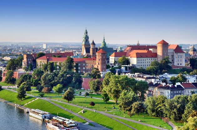 historic-royal-wawel-castle-in-cracow-Historic Royal Wawel Castle In Cracow