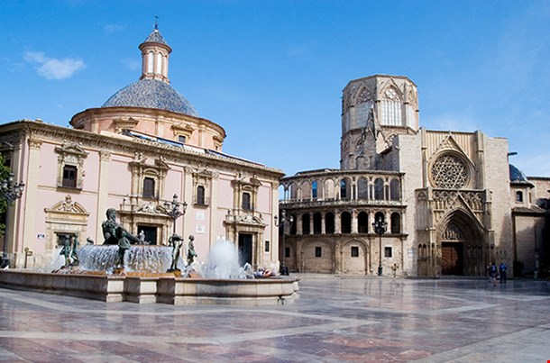 Plaza Of The Virgen In Valencia, Spain