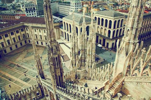 milan-cathedral-on-royal-palace-of-milan-Milan Cathedral on Royal Palace of Milan