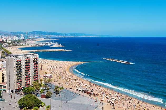 barceloneta-beach-in-barcelona-Barceloneta Beach In Barcelona