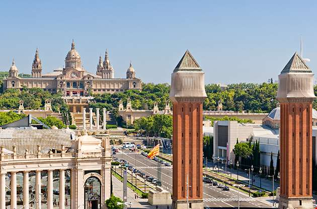 espanya-square-in-barcelona-and-national-palace-Espanya Square In Barcelona And National Palace