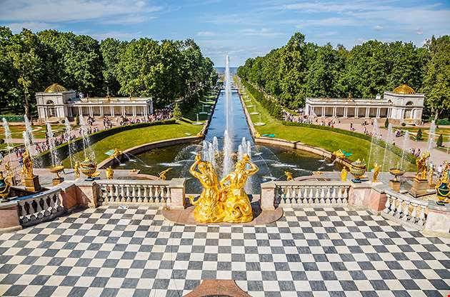 grand-cascade-and-sea-canal-in-peterhof-saint-petersburg-Grand Cascade And Sea Canal In Peterhof Saint Petersburg