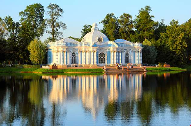 pavilion-on-lake-in-pushkin-park-saint-petersburg-Pavilion On Lake In Pushkin Park Saint Petersburg