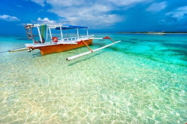 Beautiful Sea and Costlines of Gili Meno